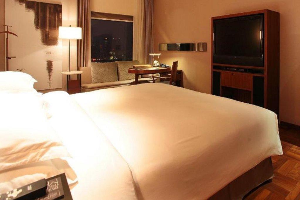 Les Suites Orient Bund, Shanghai Image 5