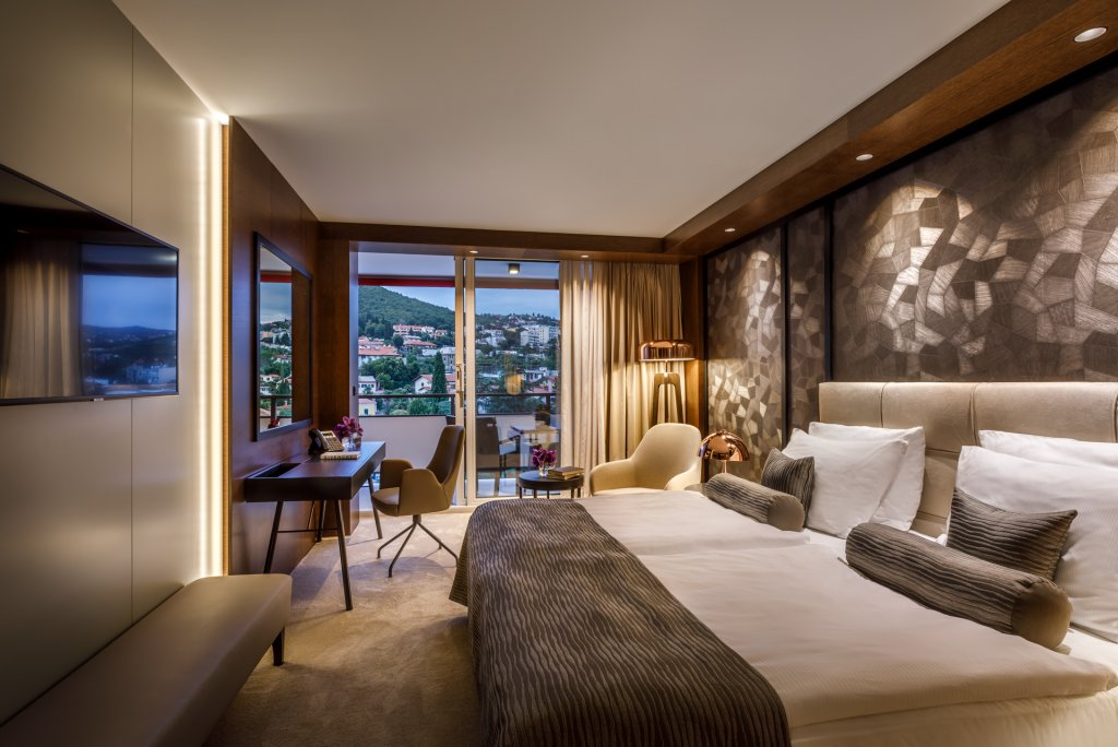 Remisens Premium Hotel Ambasador, Opatija Image 2