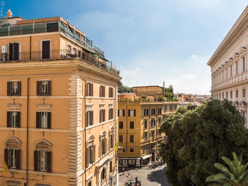Salotto Monti, Rome Image 7
