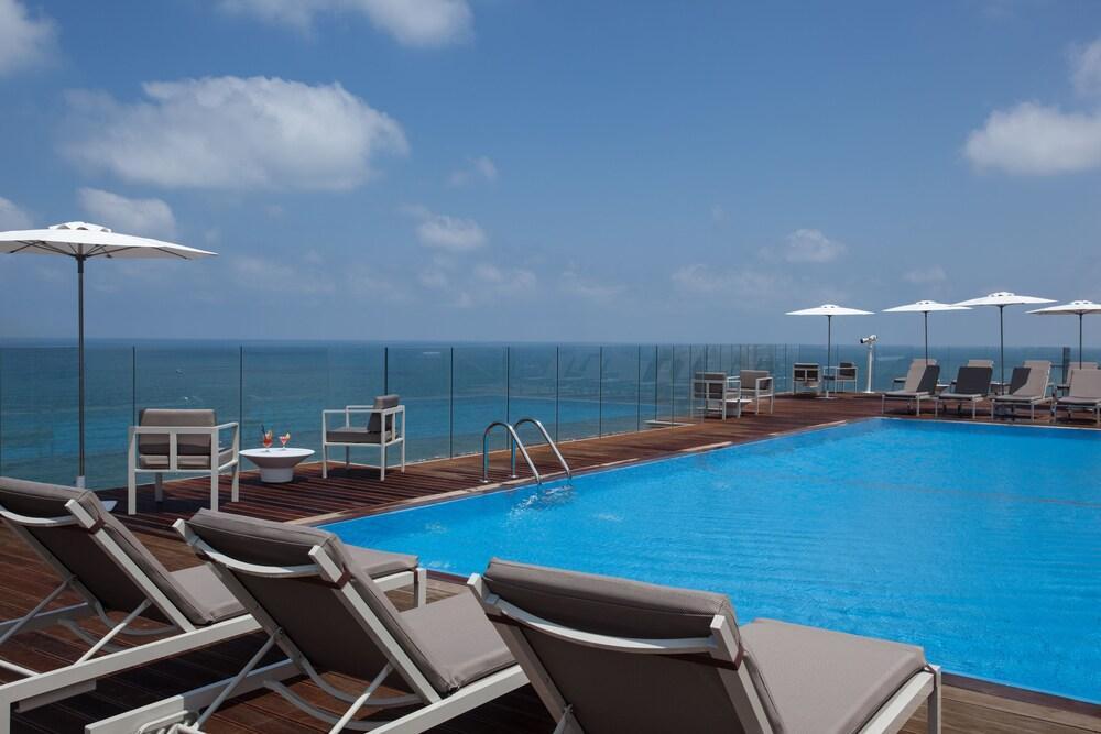 Carlton Tel Aviv Hotel - Luxury On The Beach Image 1