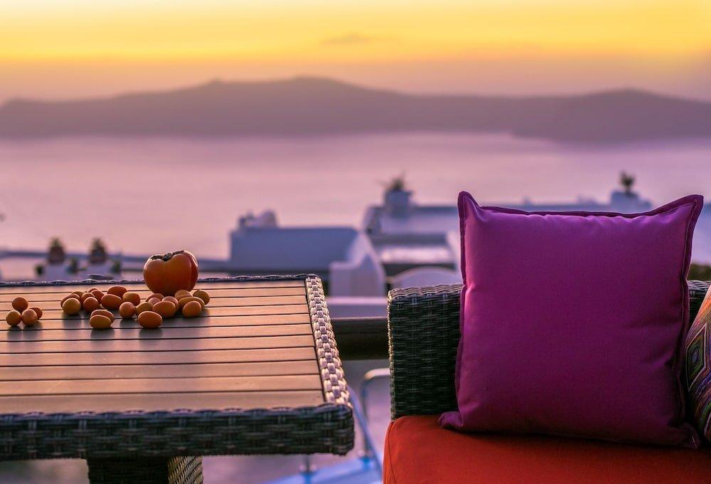 Abelonas Retreat, Santorini Image 47