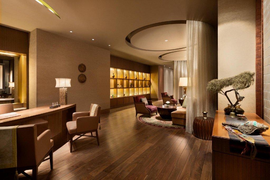 Shangri-la Hotel, Tokyo Image 19