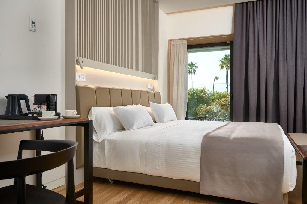 Hotel Kivir Seville Image 2