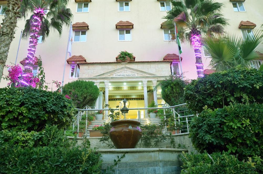 Amra Palace Hotel, Petra Image 2