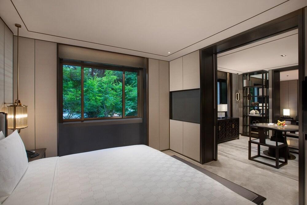 Hualuxe Xian Tanghua, An Ihg Hotel Image 7