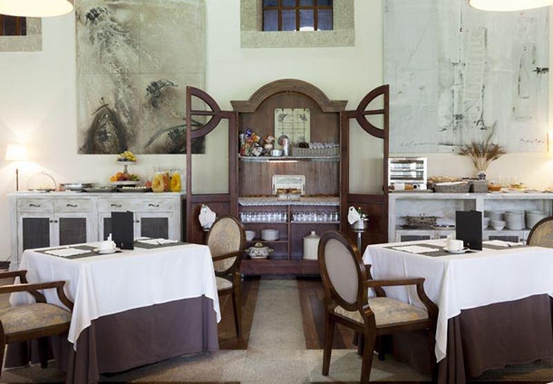 Ac Hotel Palacio Del Carmen, Santiago De Compostela Image 14