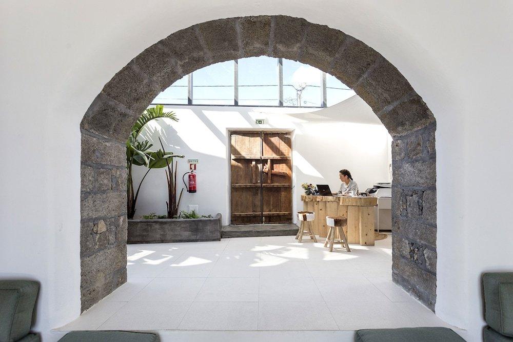 White Exclusive Suites & Villas, Lagoa Image 33