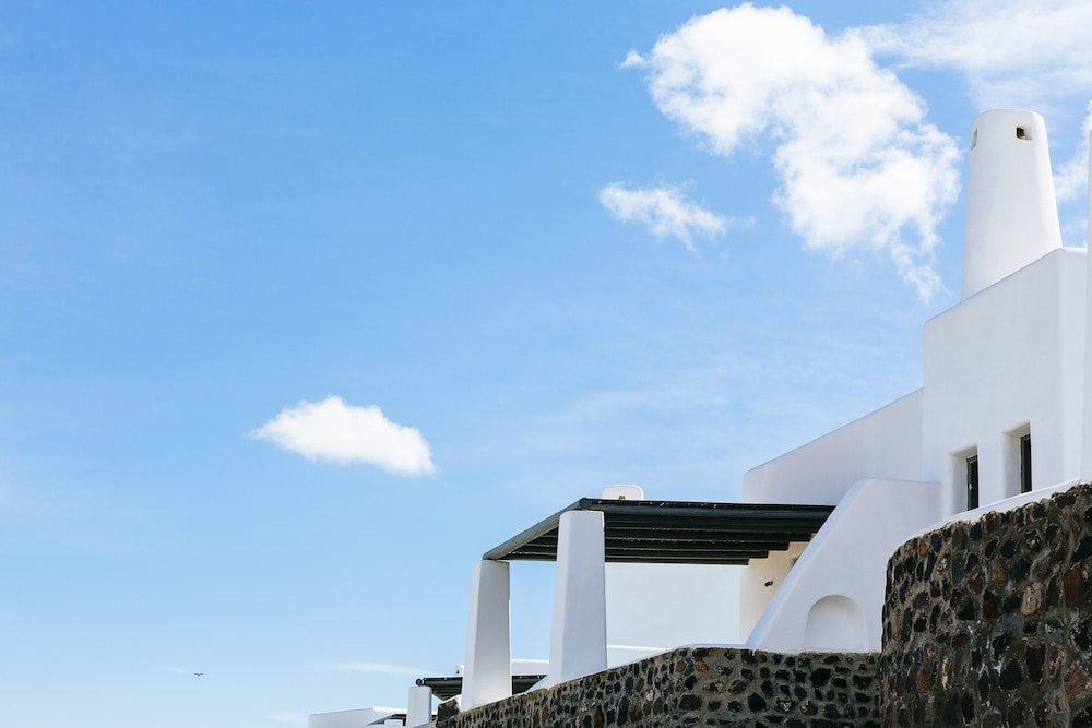 Carpe Diem Santorini Image 24