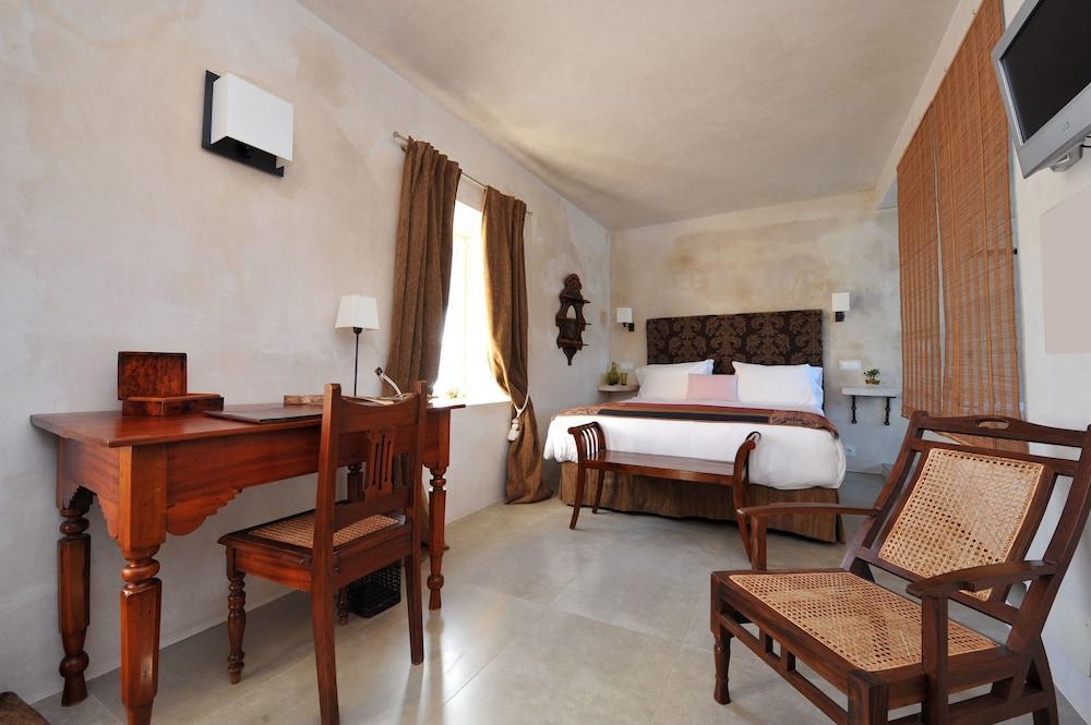 Hotel V..., Cadiz Image 10