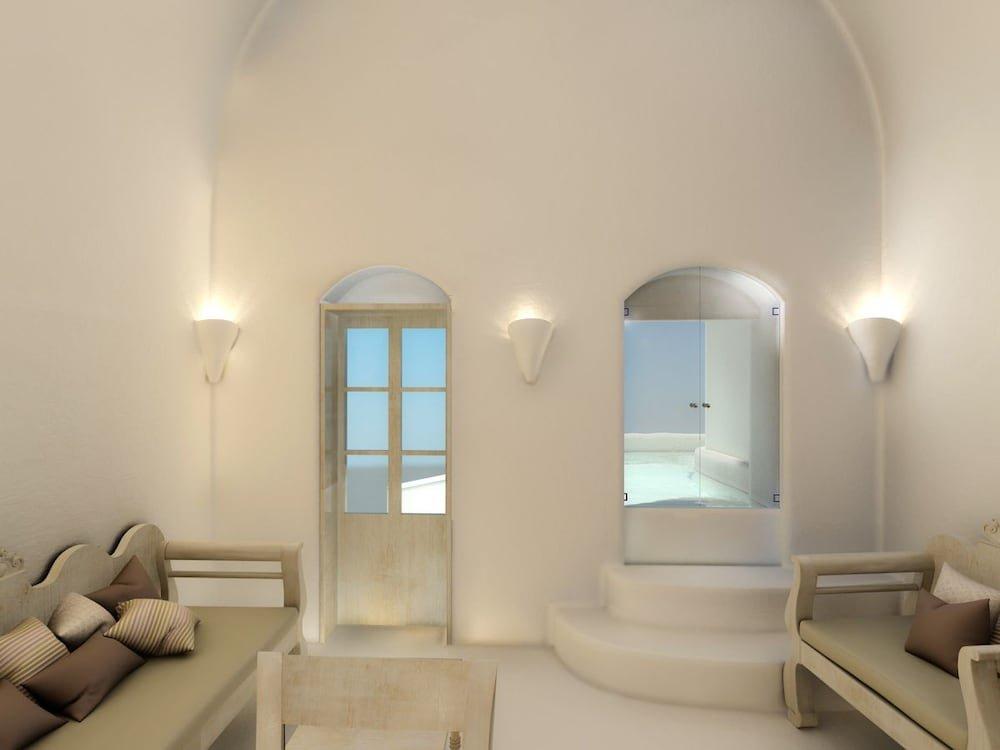 Nefeles Luxury Suites, Fira, Santorini Image 19
