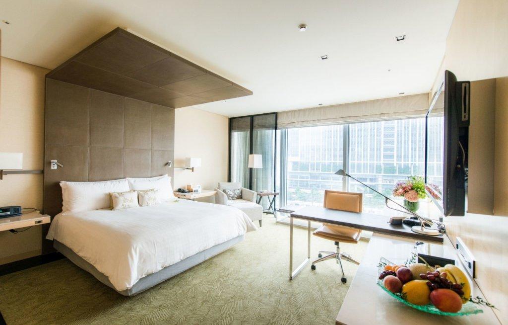 Four Seasons Hotel Tokyo At Marunouchi Image 36