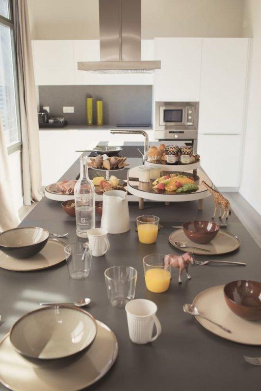 Casagrand Luxury Suites, Barcelona Image 28