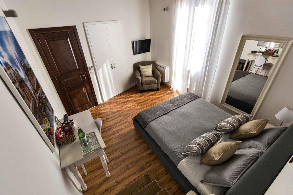 Casa Nostra, Palermo Image 7
