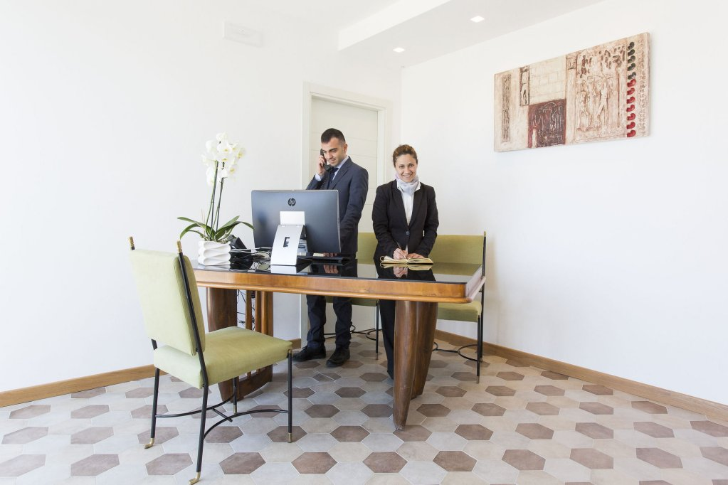 Villa Fiorella Art Hotel, Massa Lubrense Image 8