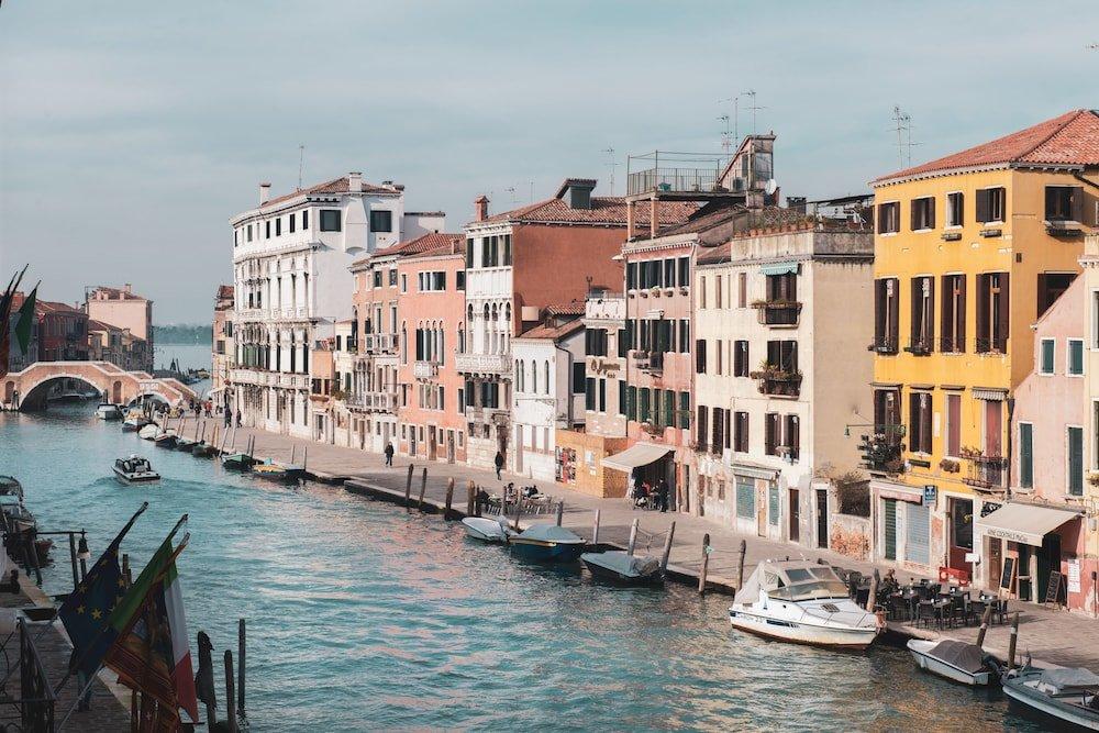 Ca' Bonfadini Historic Experience, Venice Image 0