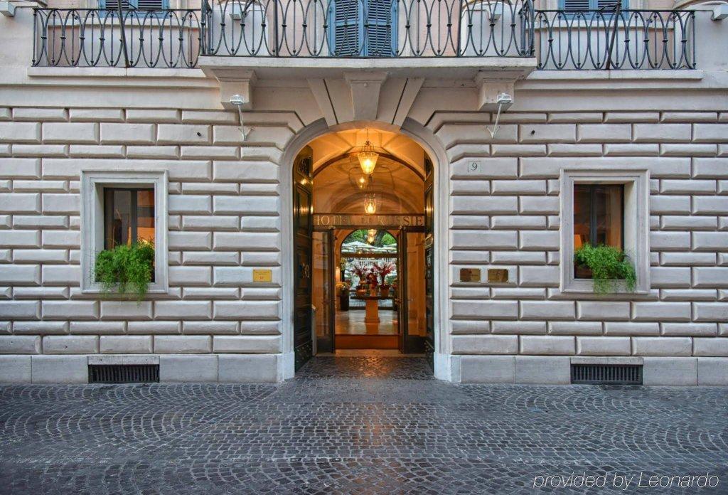 Hotel De Russie, Rome Image 1