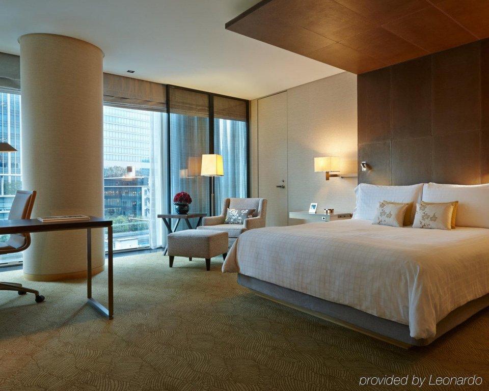 Four Seasons Hotel Tokyo At Marunouchi Image 19