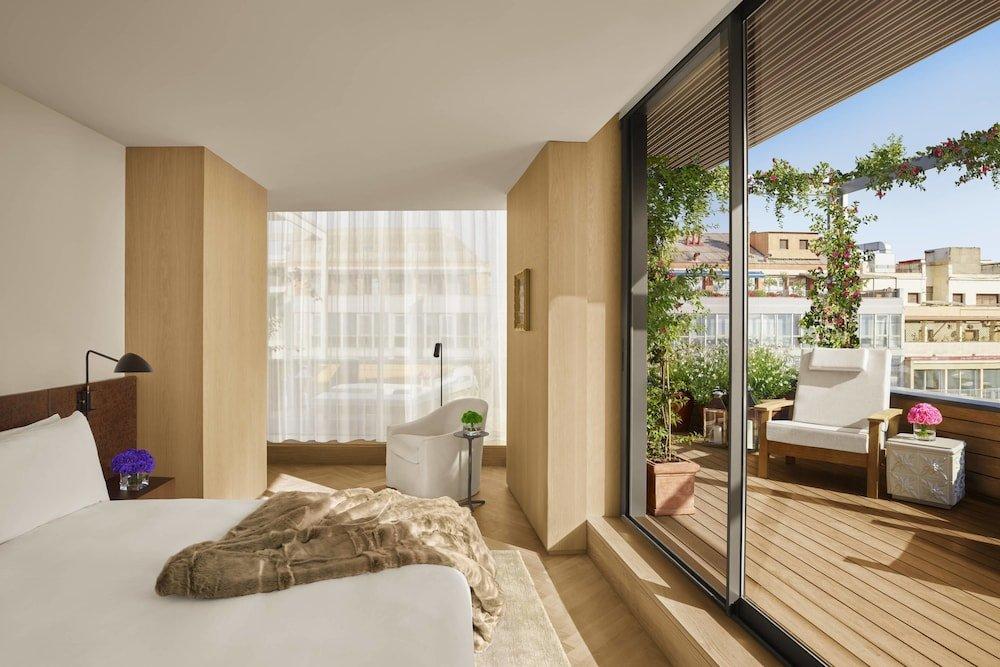 The Barcelona Edition Image 18