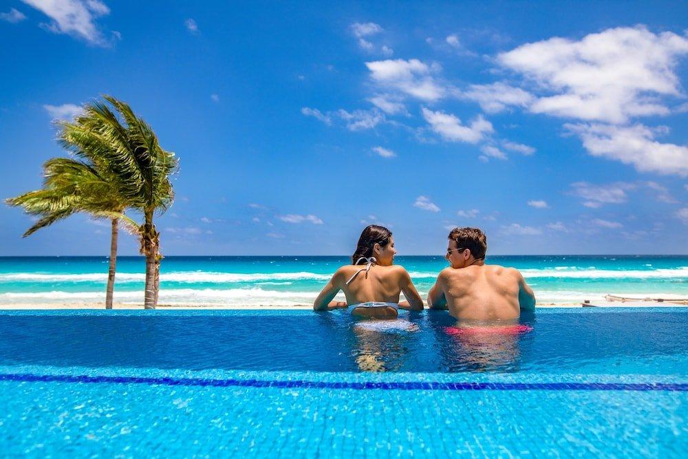 Panama Jack Resorts Gran Caribe Cancun  Image 0