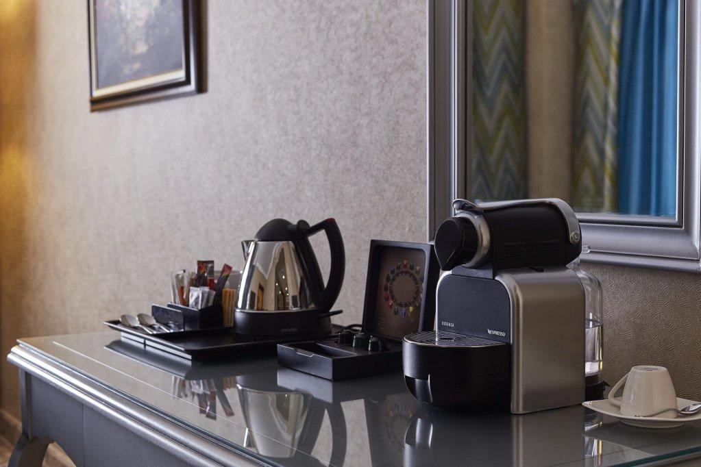 Hilton Alexandria Corniche Image 13