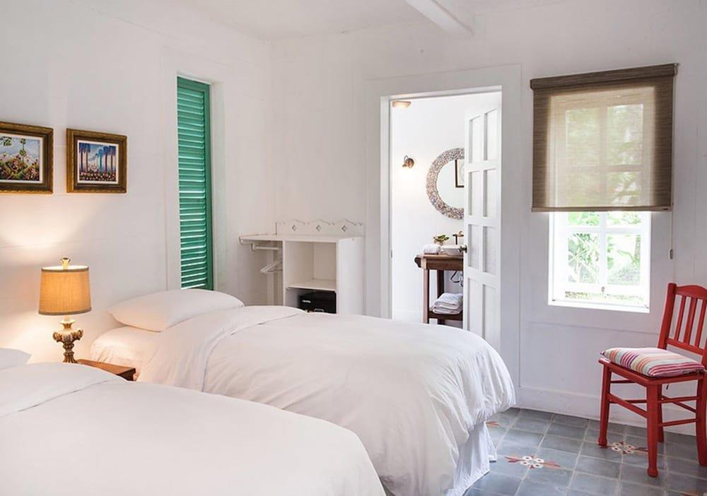 Hotel Aguas Claras, Puerto Viejo Image 7