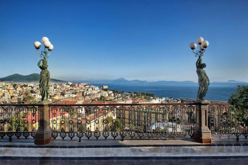 Grand Hotel Parker's, Chiaia, Naples Image 29