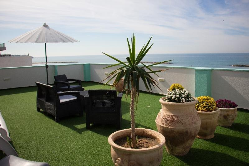 Golden Beach Hotel Tel Aviv Image 2