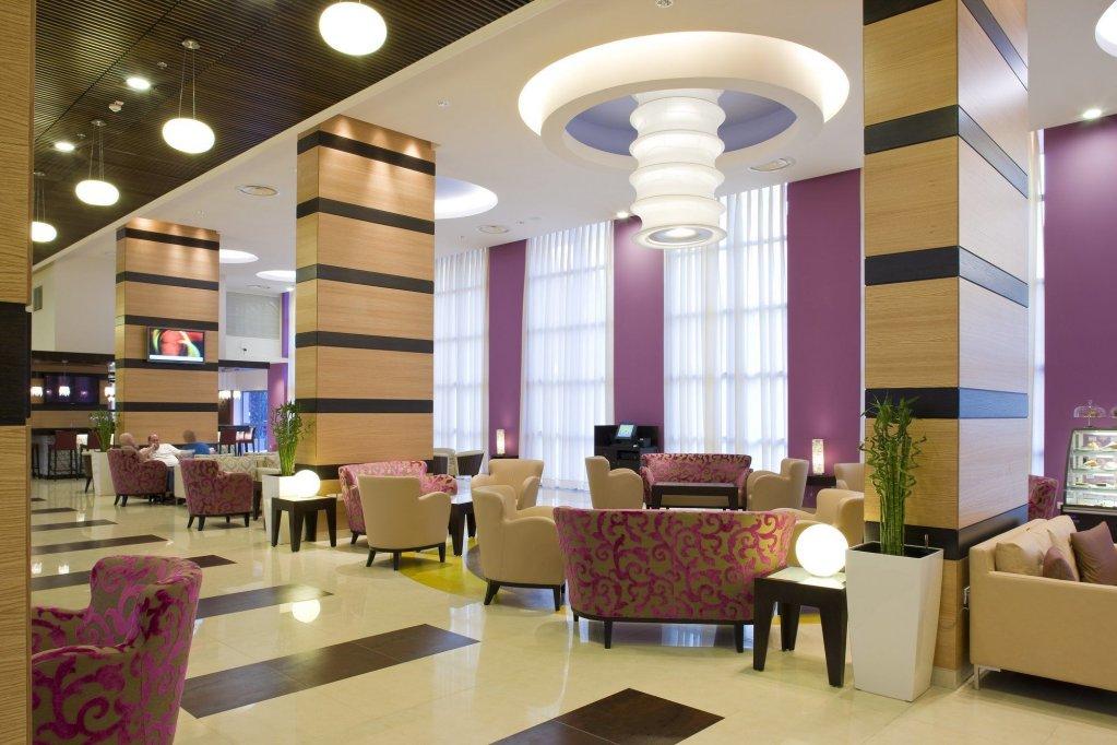 Kfar Maccabiah Hotel And Suites, Tel Aviv Image 2