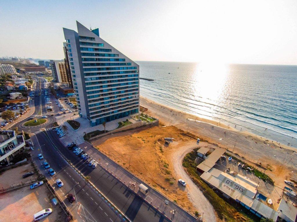 Okeanos Suites Herzliya Hotel By Herbert Samuel Image 30