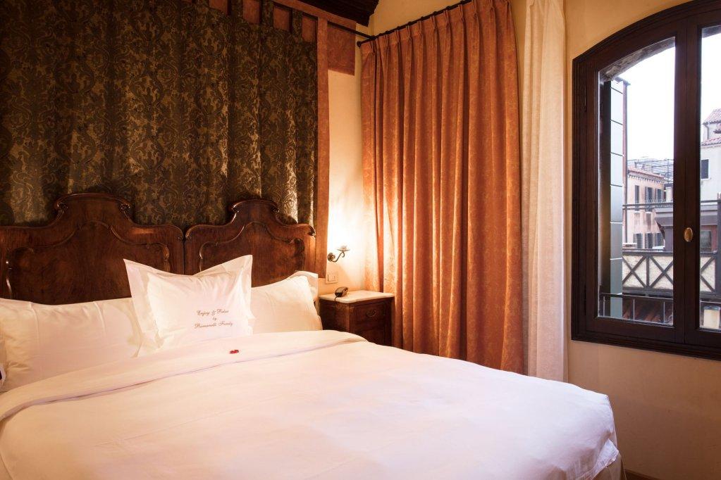 Hotel Flora, Venice Image 7