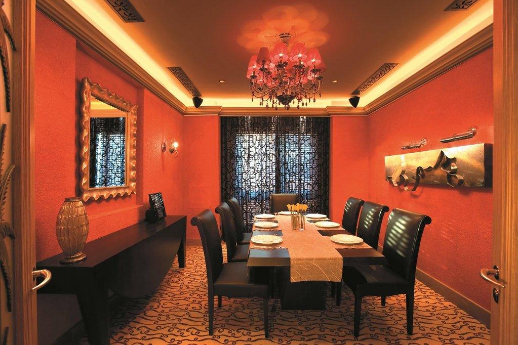 Shangri-la Hotel Qaryat Al Beri, Abu Dhabi Image 37