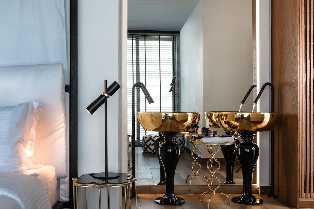 Nefeles Luxury Suites, Fira, Santorini Image 25