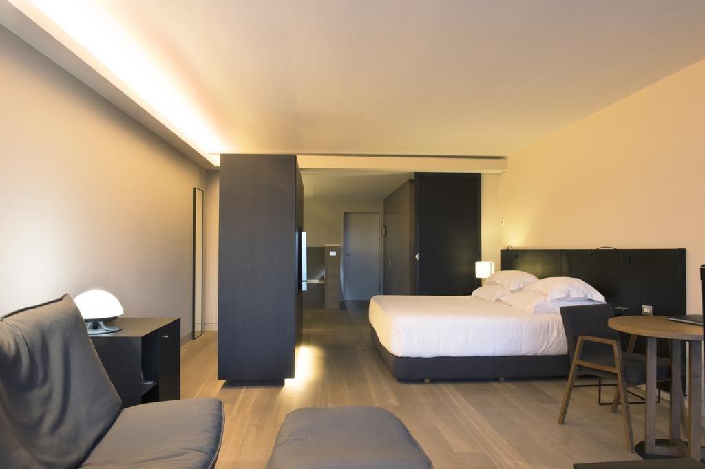Hotel Alma Pamplona  - Muga De Beloso Image 33