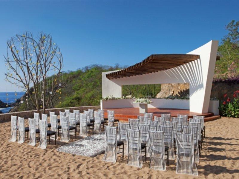Secrets Huatulco Resort & Spa Image 10