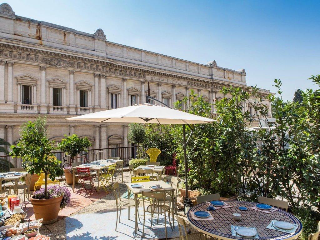 Salotto Monti, Rome Image 0