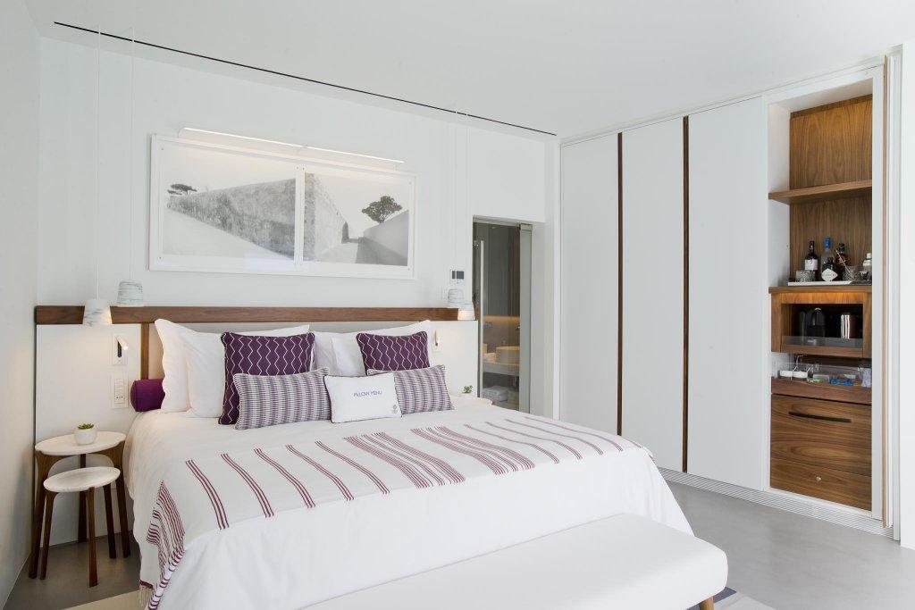 Grace Hotel Santorini, Auberge Resorts Collection Image 1