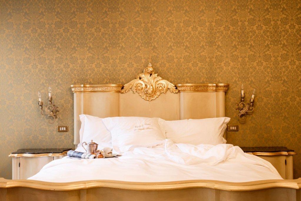 Hotel Flora, Venice Image 4