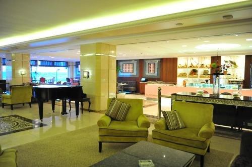 Hilton Alexandria Corniche Image 42