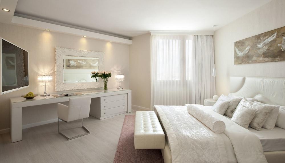 Carlton Tel Aviv Hotel - Luxury On The Beach Image 8