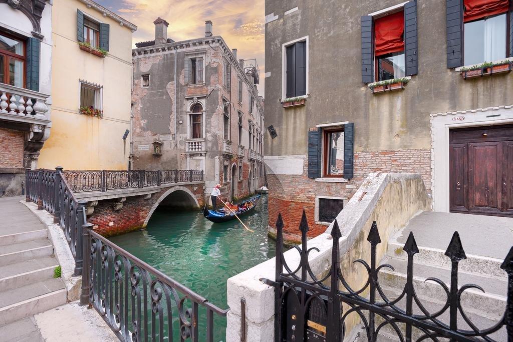 Charming House Iqs, Venice Image 5