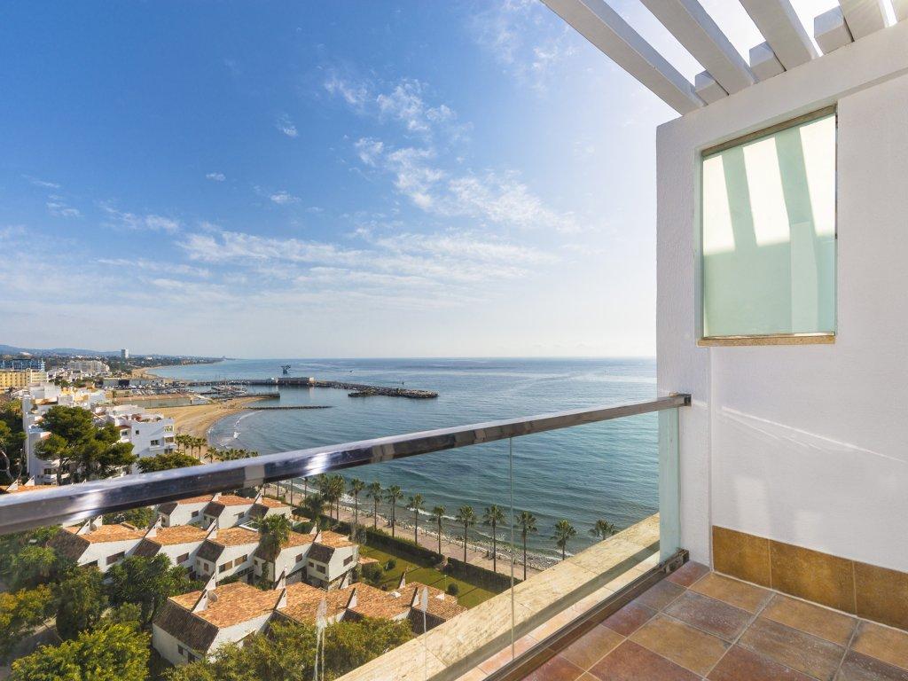 Amàre Beach Hotel Marbella Image 2