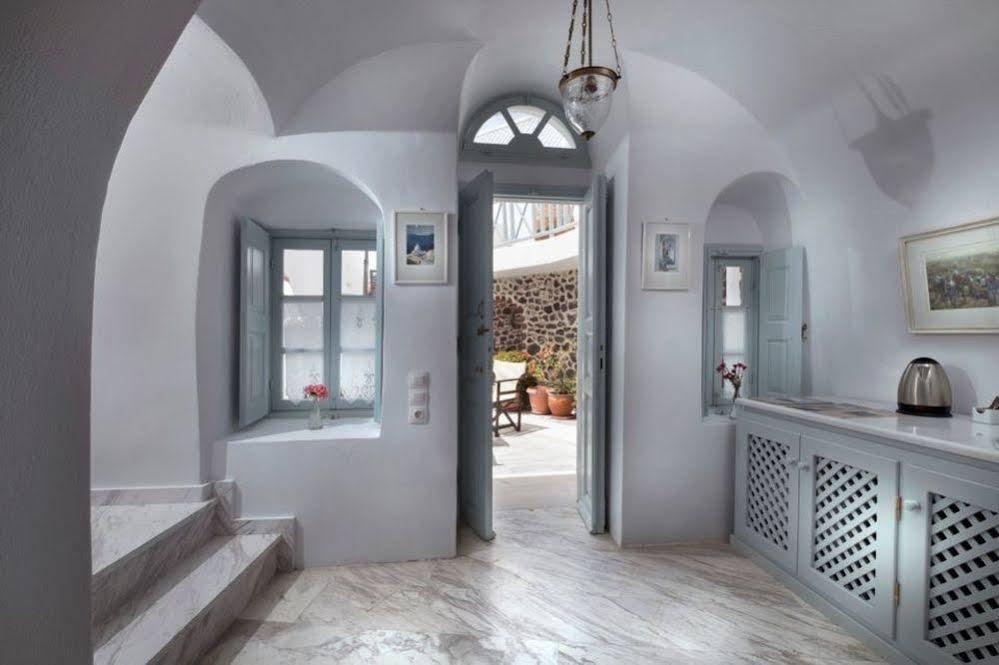 Aigialos Luxury Traditional Houses, Santorini Image 7