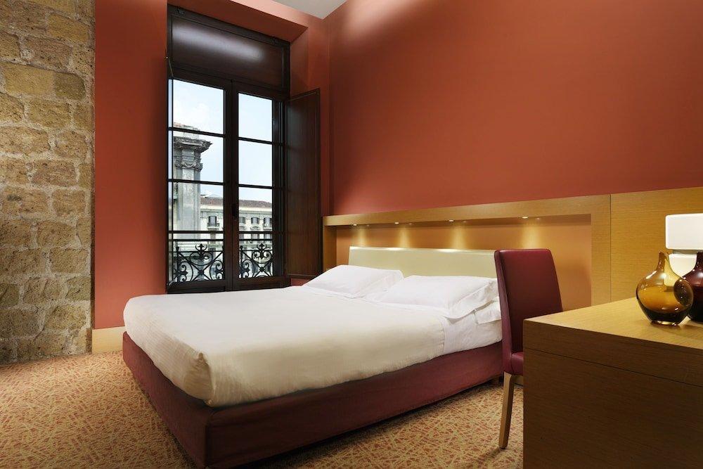 Unahotels Naples Image 8