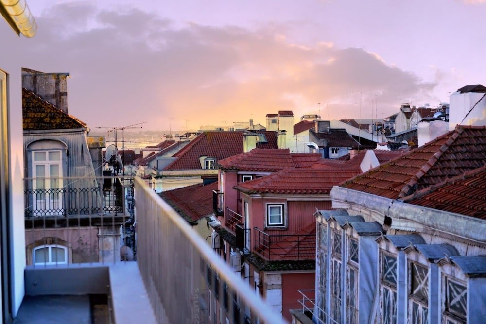Raw Culture Arts & Lofts Bairro Alto, Lisbon Image 9
