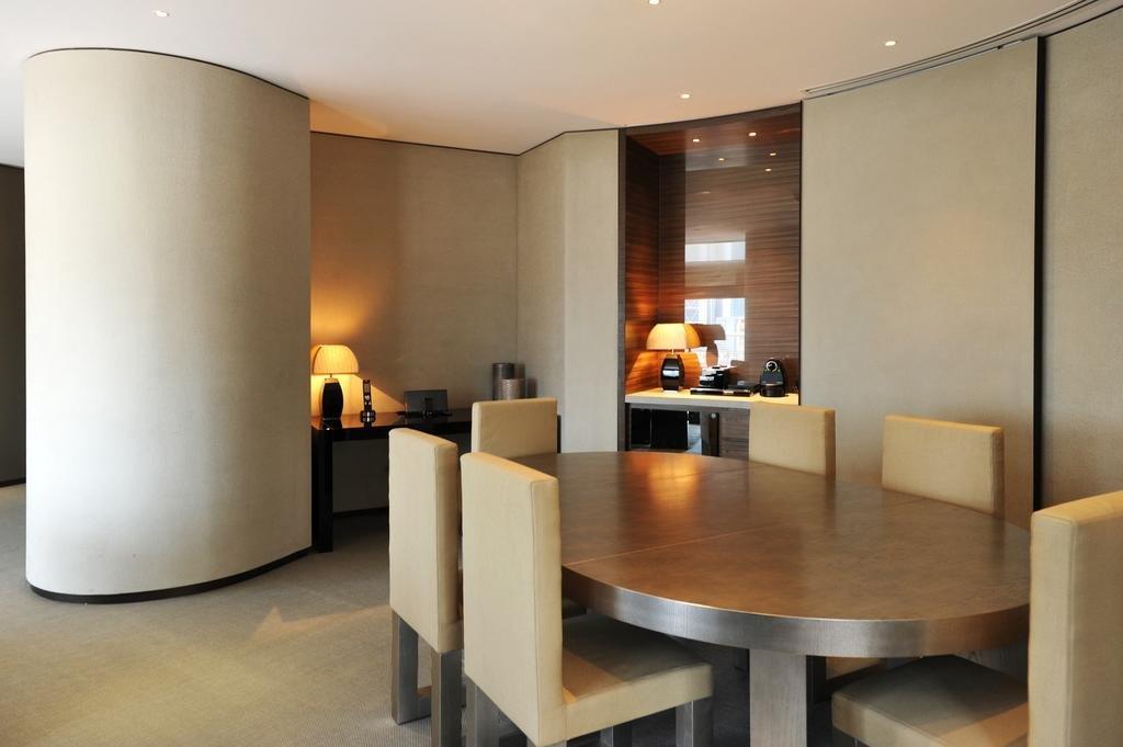 Armani Hotel Dubai Image 10