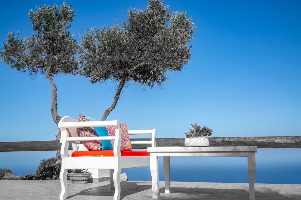 Abelonas Retreat, Santorini Image 46