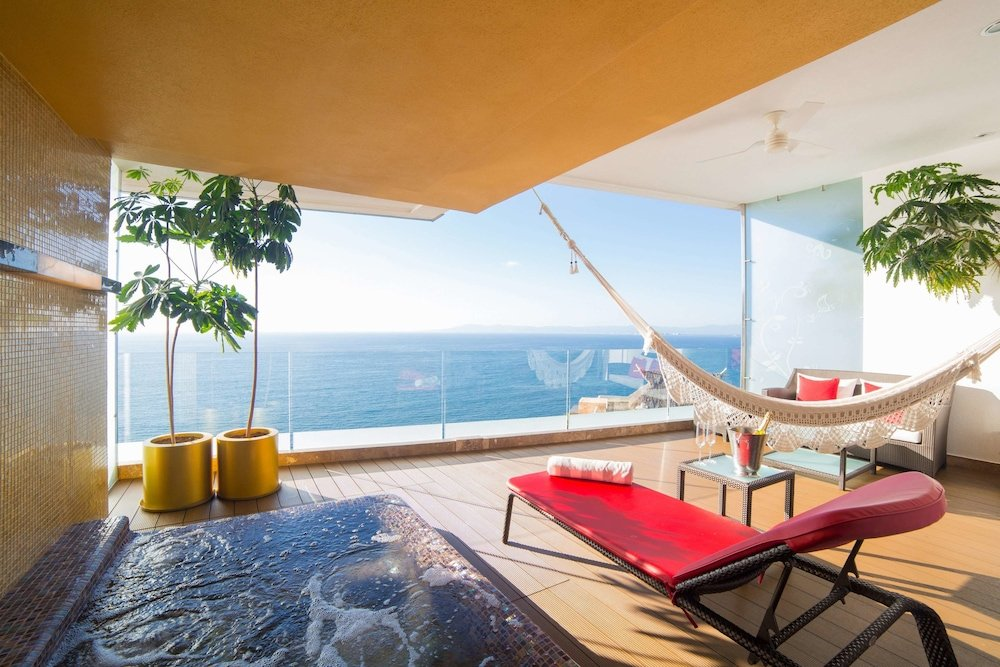 Hotel Mousai Puerto Vallarta Image 2
