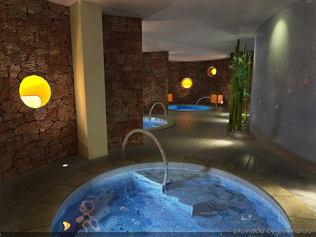 Aguas De Ibiza Grand Luxe Hotel, Santa Eularia Des Riu Image 4