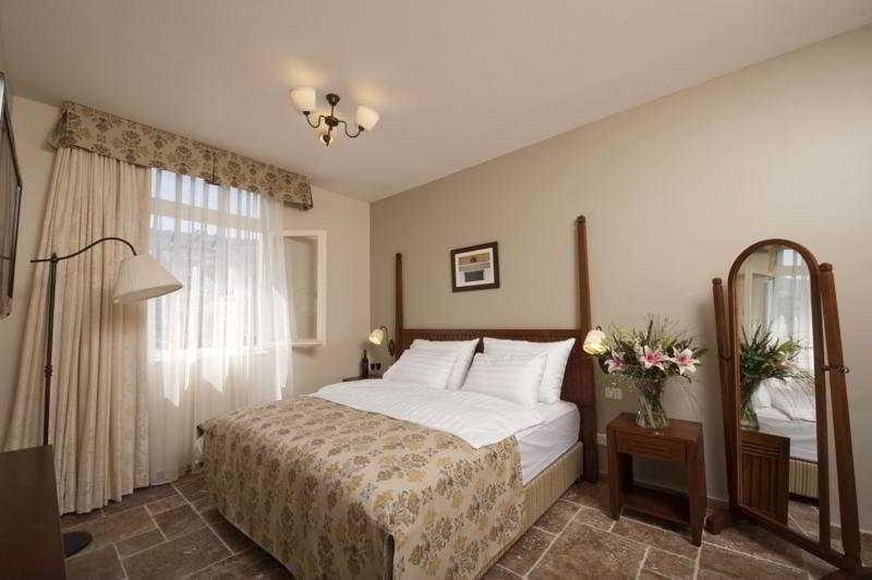 Colony Hotel Haifa Image 3