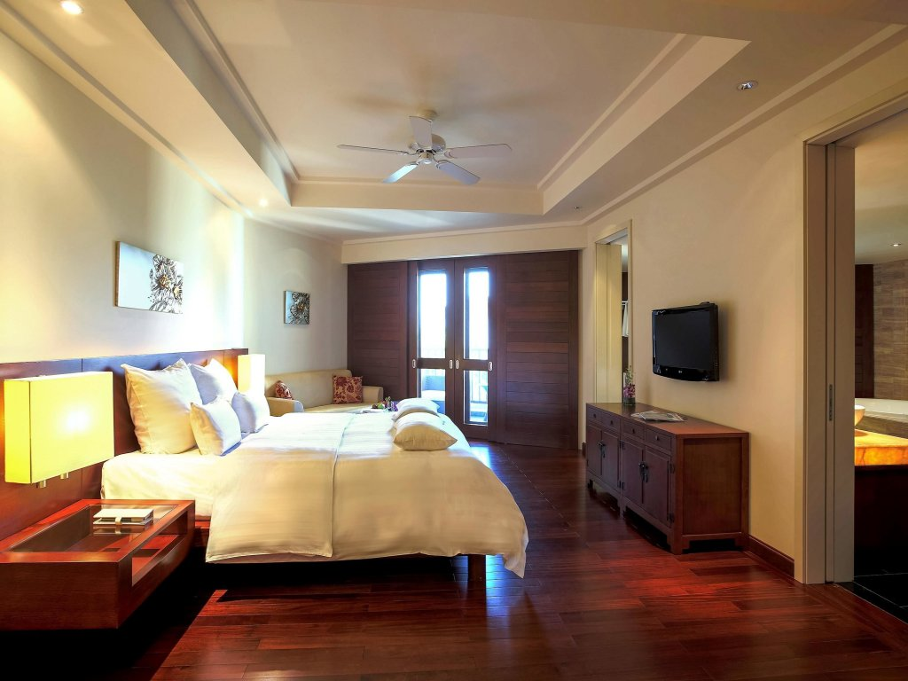 Pullman Danang Beach Resort, Da Nang Image 3